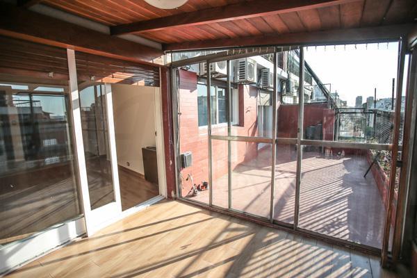Foto Departamento en Venta en  Caballito ,  Capital Federal  Av. Rivadavia al 5800