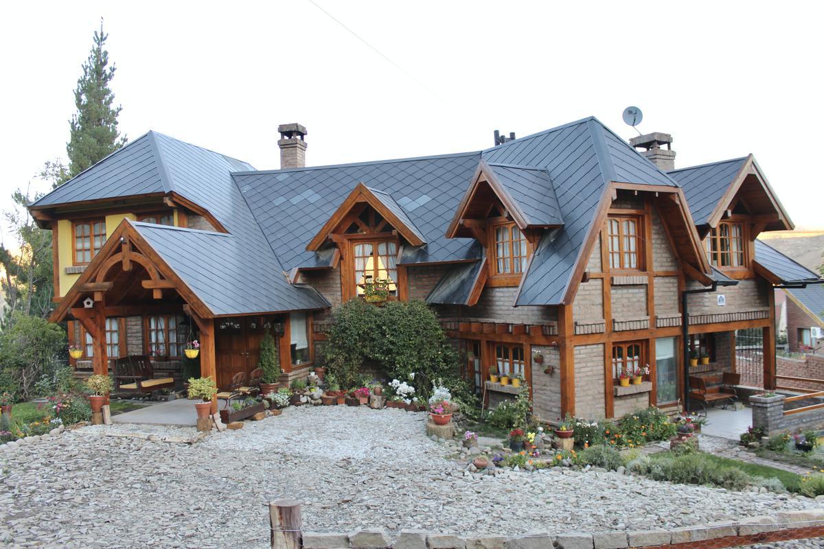 Foto Casa en Venta en  Esquel,  Futaleufu  Evans 41
