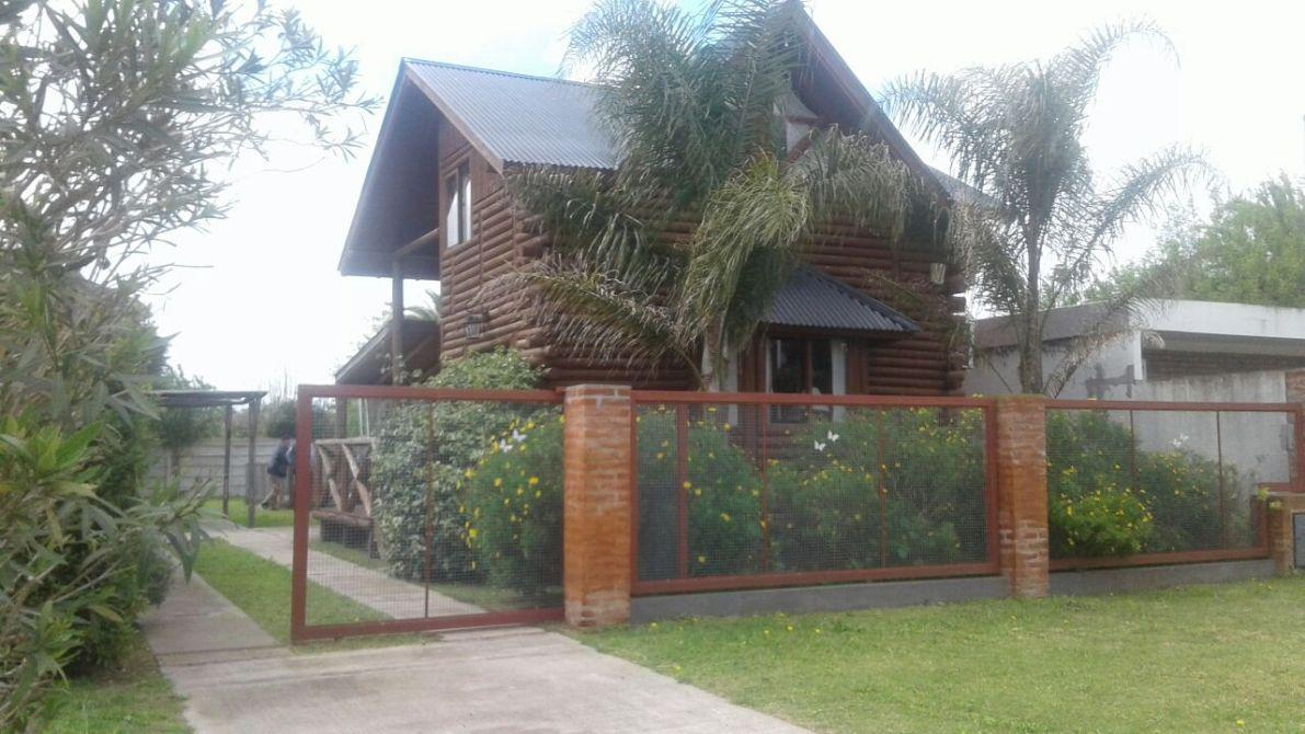 Foto Casa en Venta en  Ranchos,  General Paz  Av. Campomar Ranchos