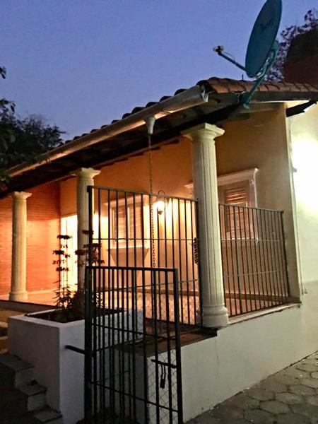 Foto Casa en Alquiler en  Lambaré,  Lambaré  Zona Avda. Perón