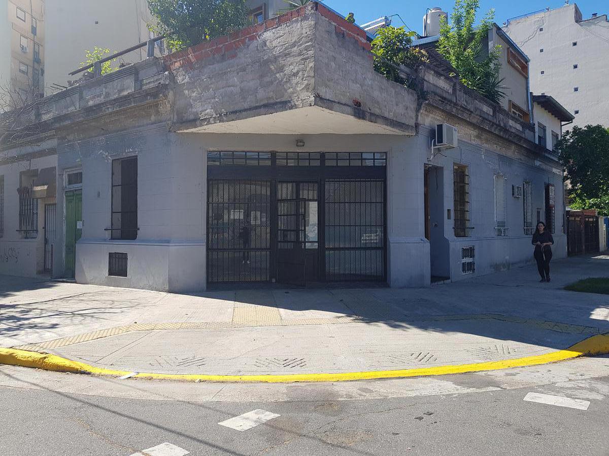 Foto Local en Alquiler en  Velez Sarsfield ,  Capital Federal  Rafaela al 4200