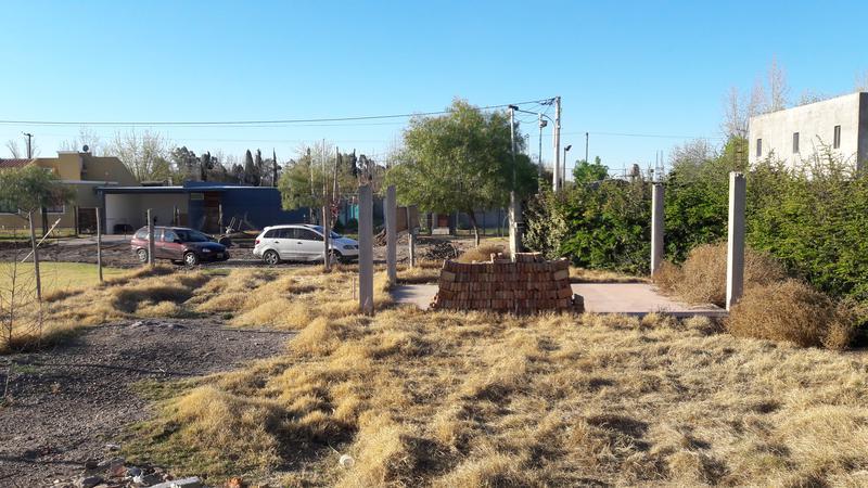Foto Casa en Venta en  Guaymallen ,  Mendoza  B° Villa Alfonso