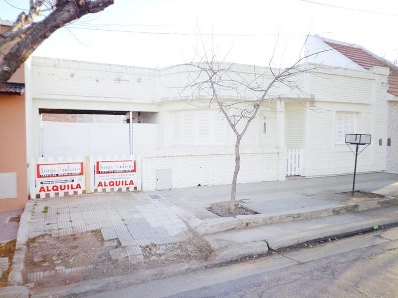 Foto Casa en Alquiler en  General Pico,  Maraco  4 entre 17 y 15