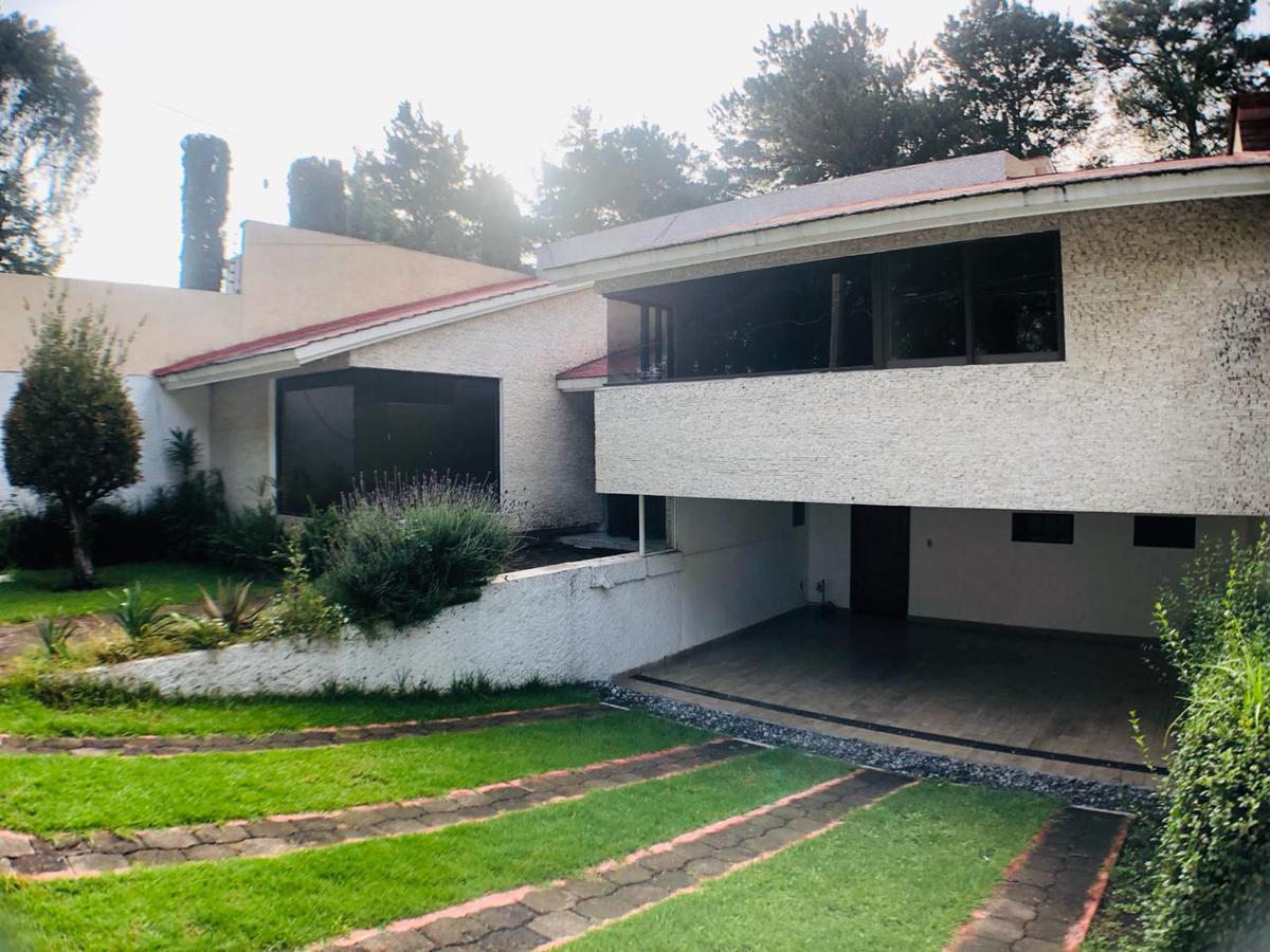 Foto Casa en condominio en Renta en  San Carlos,  Metepec  CASA EN RENTA CLUB DE GOLF SAN CARLOS, METEPEC.