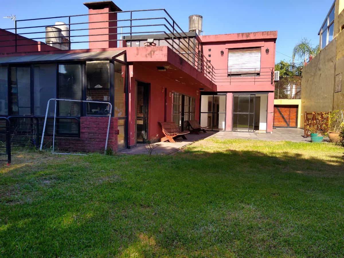 Foto Casa en Venta en  Arroyito,  Rosario  Diaz Velez 586 Bis