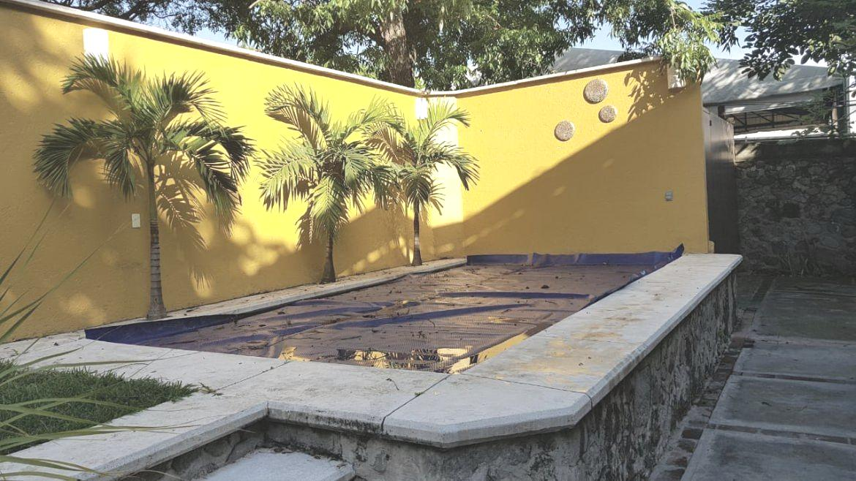 Foto Casa en Venta | Renta en  Palmira Tinguindin,  Cuernavaca  Casa Sola en Avenida Palmira  Uso de Suelo Comercial
