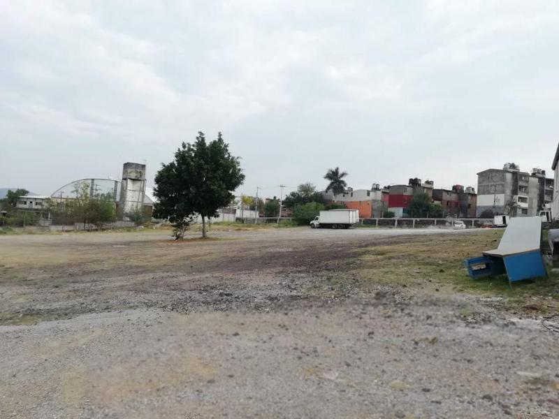 Foto Terreno en Renta en  Jiutepec ,  Morelos  Terreno Comercial Renta en Civac