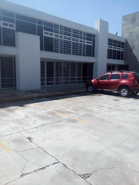 Foto Local en Renta en  Metepec ,  Edo. de México  OFICINAS Y CONSULTORIOS  EN RENTA SOBRE AV. PRINCIPAL, COL.LÁZARO CÁRDENAS