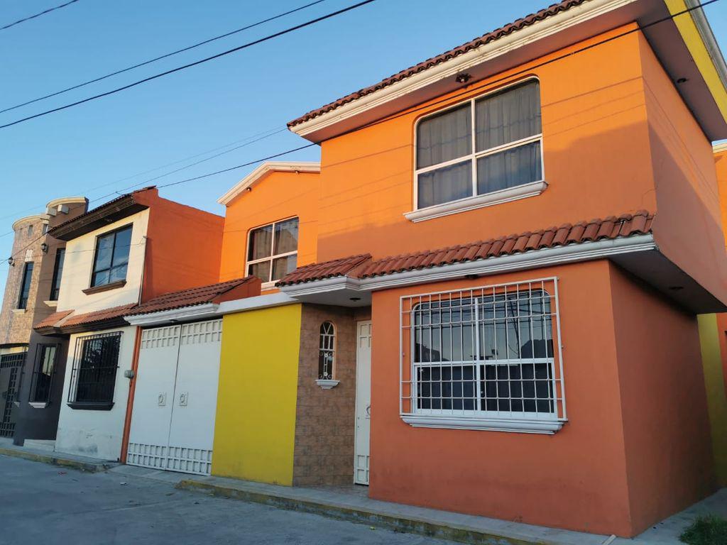 Foto Casa en Venta en  San Mateo OxtotitlAn,  Toluca  CASA VENTA NIÑOS HEROES