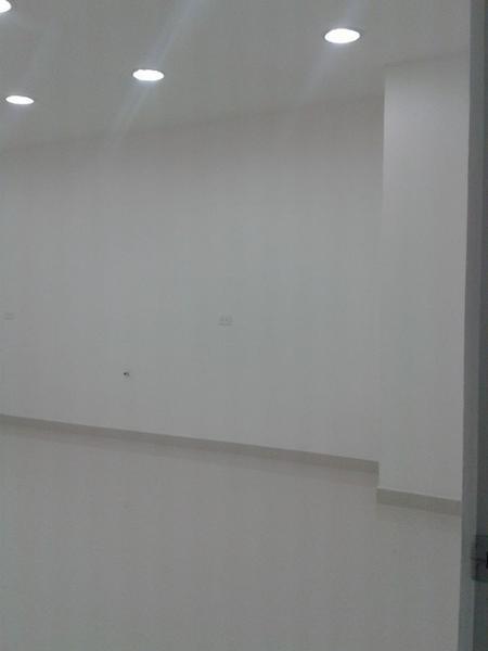 Foto Oficina en Alquiler en  Norte de Quito,  Quito  OFICINA NACIONES UNIDAS, 440 MTS  MTS EN AVs.PRINCIPALES