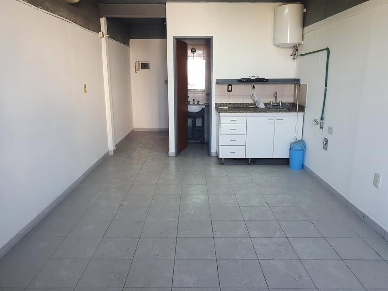 Foto Departamento en Alquiler en  San Miguel ,  G.B.A. Zona Norte  Av Balbin al 400