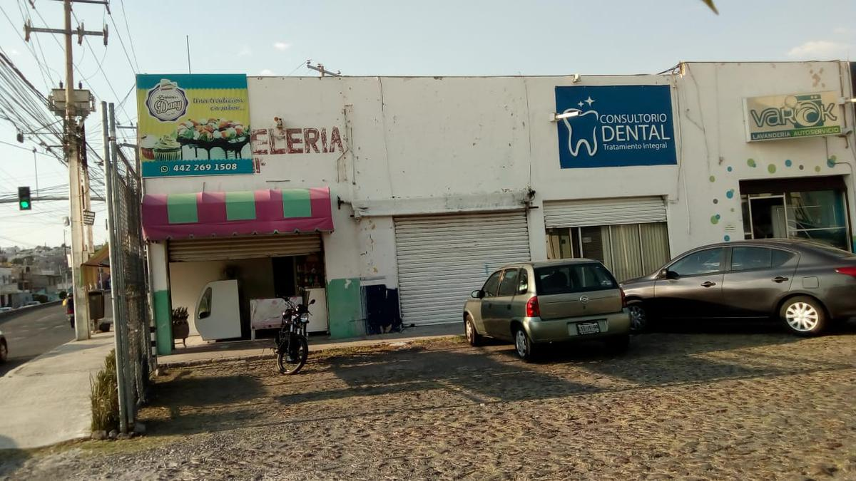Foto Local en Venta en  Desarrollo San Pablo,  Querétaro  Local en Venta en Plaza Condesa Colonia Desarrollo San Pablo.