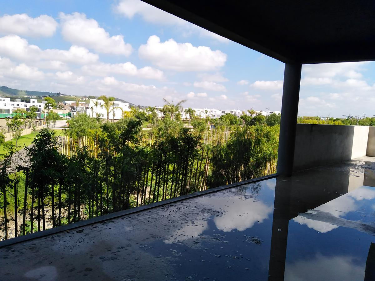 Foto Departamento en Venta en  Fraccionamiento Lomas de  Angelópolis,  San Andrés Cholula  Departamento en Venta en Lomas de Angelopolis /  Cascata 3 recamaras con Jardin $3,388,000