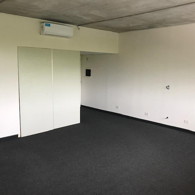Foto Oficina en Alquiler en  Puerta Norte,  El Portal  Calle del caminante al 100