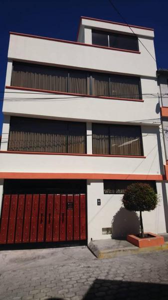 Foto Casa en Venta en  Centro Norte,  Quito  Av. 6 de Diciembre y Borja