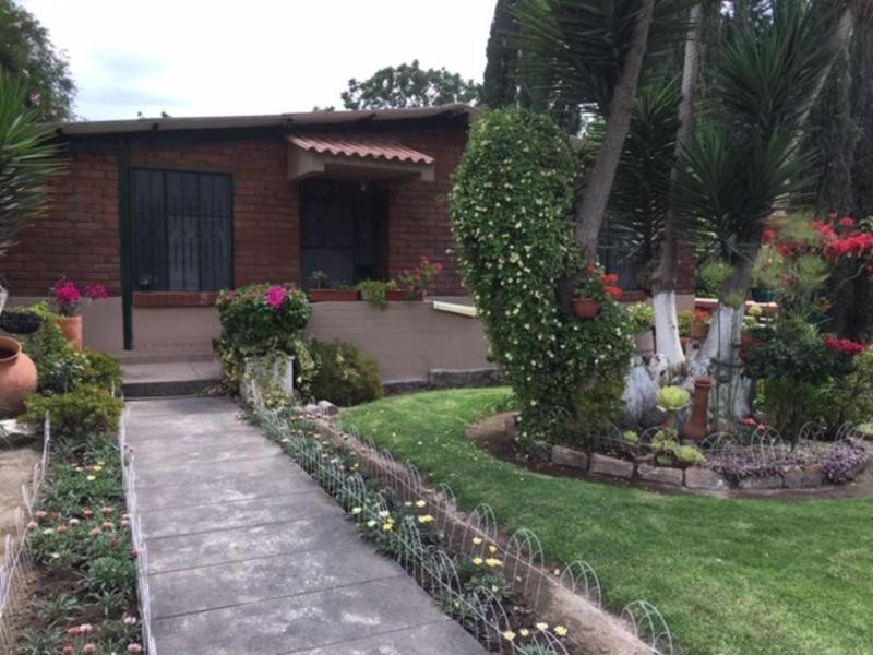 Foto Quinta en Venta en  Guayllabamba,  Quito  Linda Quinta, con piscina, huertos frutales, bodegas y  casa cuidador