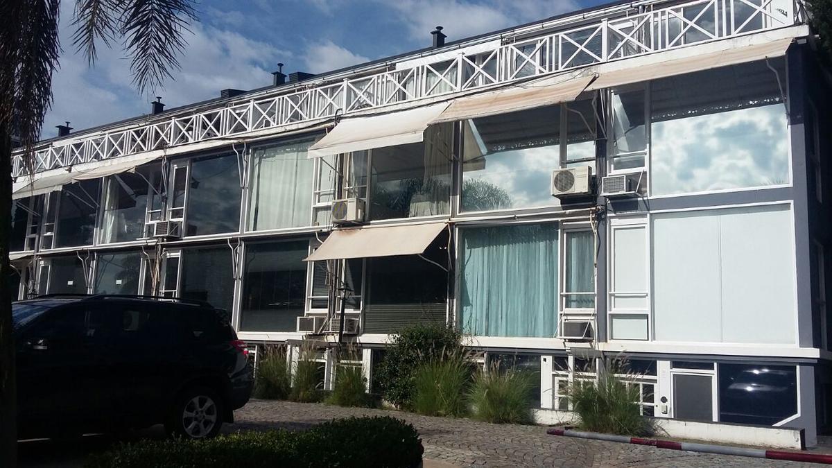 Foto Oficina en Alquiler en  Las Lomas de San Isidro,  San Isidro  Laprida al 3200 - Oficina 40 -Paneco Golf