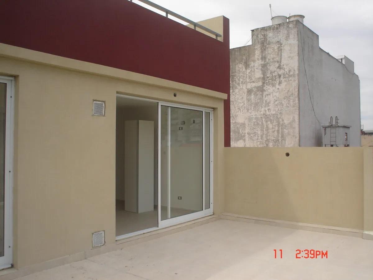 Foto Departamento en Venta en  Parque Patricios ,  Capital Federal  Garay 2600