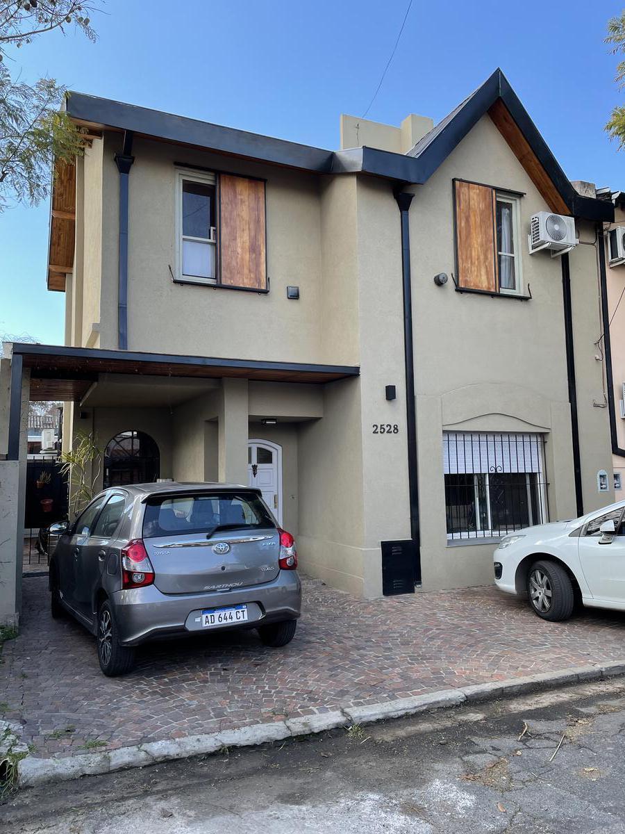 Foto Casa en Venta en  Victoria,  San Fernando  Facello al 2500