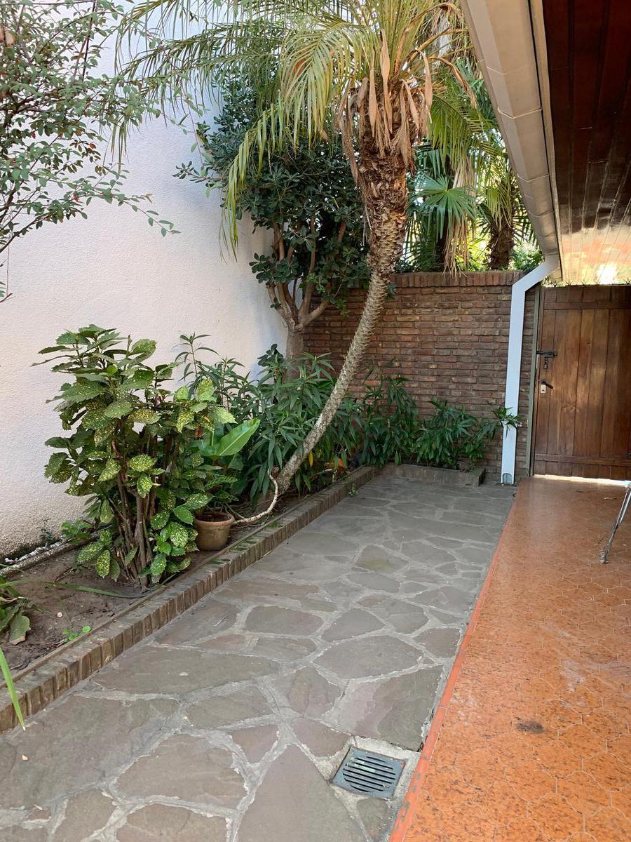 Foto Casa en Venta en  San Fernando,  San Fernando  carlos casares al 600