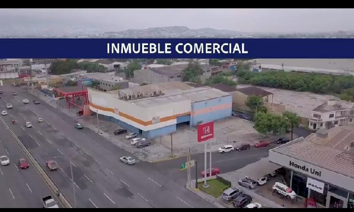 Foto Bodega Industrial en Venta en  Monterrey ,  Nuevo León  Inmueble Comercial en Venta Constituyentes del 57, Av Fidel Velázquez
