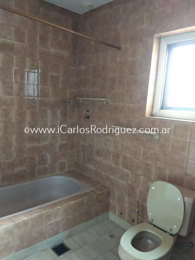 Foto Casa en Venta en  Saavedra ,  Capital Federal  MACEDONIO  FERNANDEZ al 5800 ESQ. BURELA