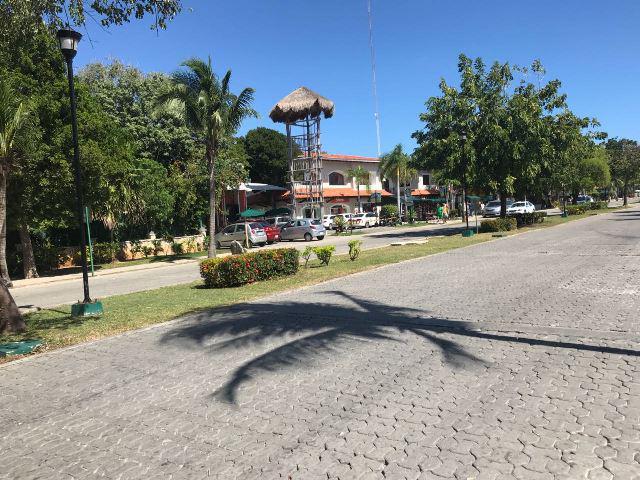 Foto Oficina en Renta en  Solidaridad ,  Quintana Roo  Oficina Plaza Playacar en Renta