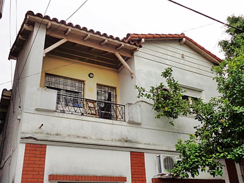 Foto PH en Venta en  Villa Martelli,  Vicente Lopez  Paraguay al 300