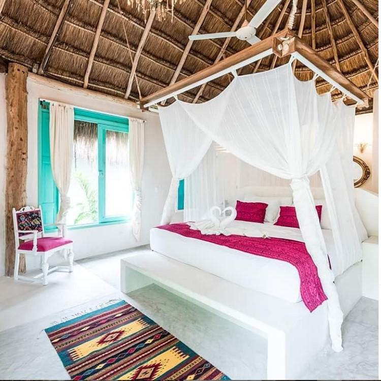 Foto Hotel en Venta en  Boca Paila,  Tulum  Hotel boutique lado selva en la playa de Tulum con acceso a Cenote privado