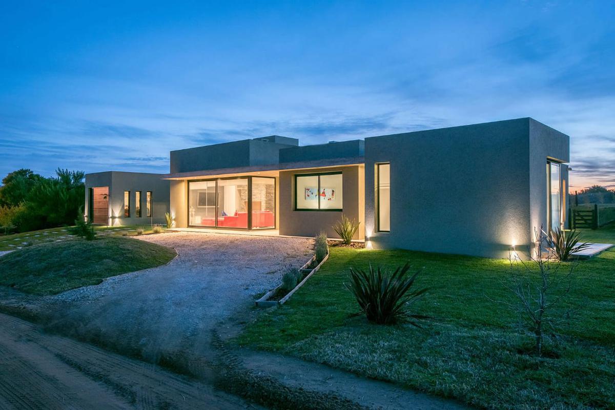 Foto Casa en Alquiler temporario en  Costa Esmeralda,  Punta Medanos  Golf al 100