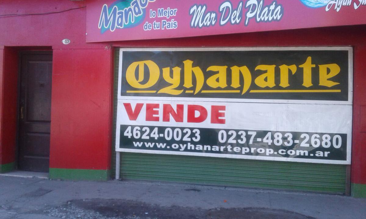 Foto Local en Venta en  Moreno ,  G.B.A. Zona Oeste  Av. Victorica al 100