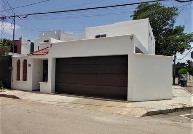 Foto Casa en Renta en  Fraccionamiento Vista Alegre Norte,  Mérida  Casa en renta en esquina, tres recámaras, en Vista Alegre Norte, Mérida