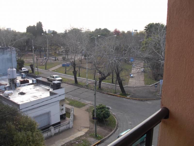 Foto Departamento en Venta en  Caseros,  Tres De Febrero  Madre M. de J. Cdo. Petkovic al 5200