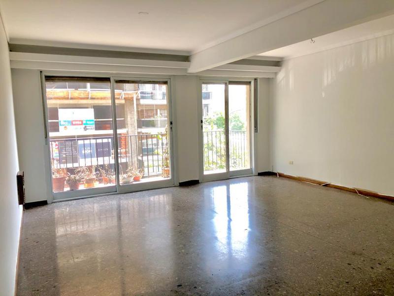 Foto Departamento en Venta en  Flores ,  Capital Federal  Avellaneda al 2400