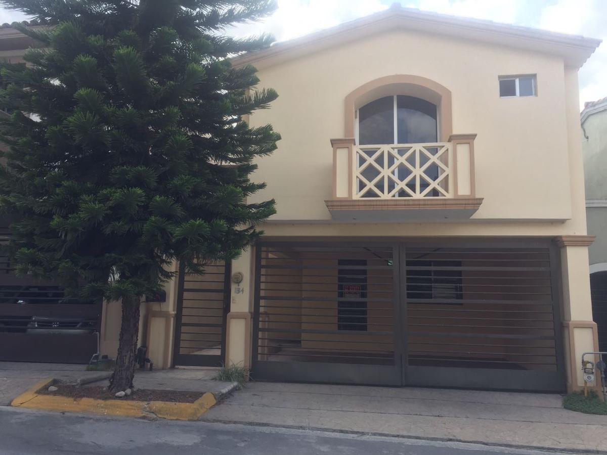 Foto Casa en Renta en  Cerradas de Cumbres Sector Alcala,  Monterrey  Cerrada de Cumbres