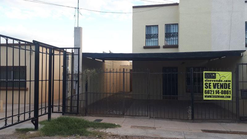 Foto Casa en Venta |  en  Privadas Del Bosque,  Hermosillo  PRIVADAS DEL BOSQUE. RECAMARA EN PLANTA BAJA