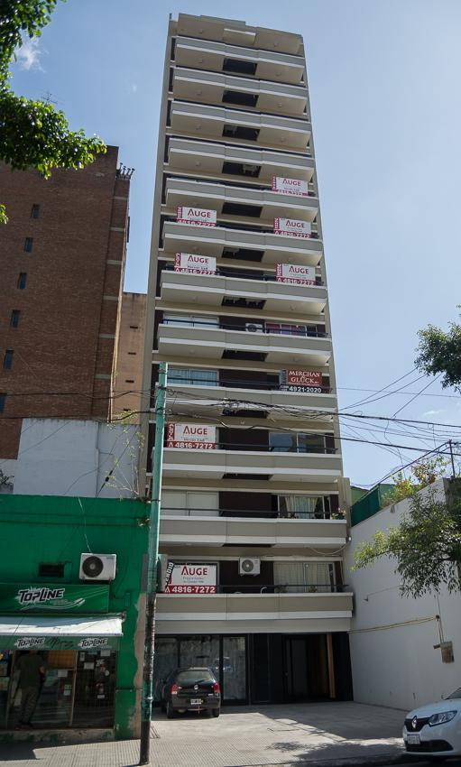Foto Departamento en Venta en  Flores ,  Capital Federal  Juan Bautista Alberdi 2800