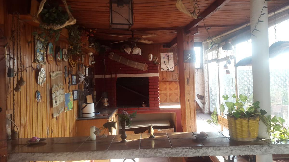 Foto Casa en Venta en  La Comercial ,  Montevideo  Martin C Martinez al 2300