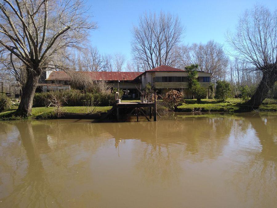 Foto Quinta en Venta en  Canal Arana,  Zona Delta San Fernando  Canal Arana y Tuyuparé