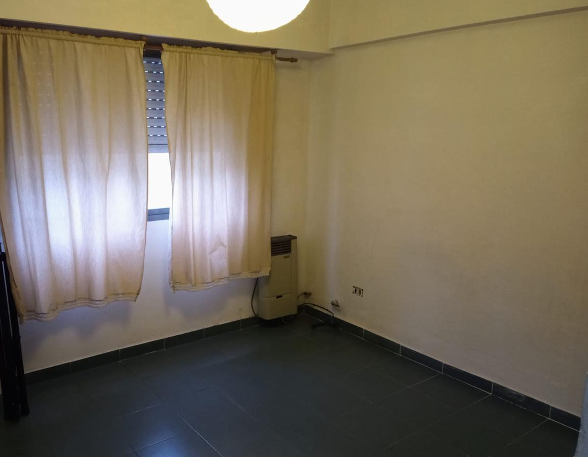 Foto Departamento en Alquiler en  Zona Sur,  La Plata  46 e/ 23 y 24