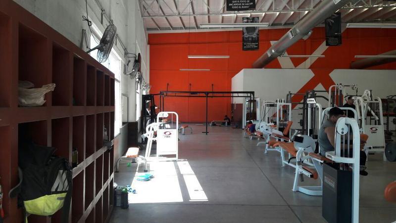 Foto Bodega Industrial en Venta en  Las Praderas,  Hermosillo  BODEGA COMERCIAL VENTA CAMINO DEL SERI