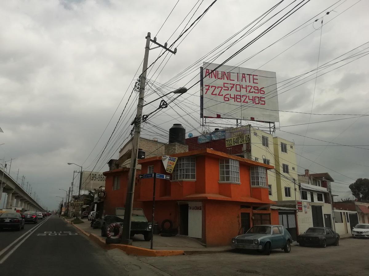 Foto Local en Renta en  Cultural,  Toluca  Espectacular, en Vialidad Las Torres, Esquina Con Calle Ensayo, Col. Cultural