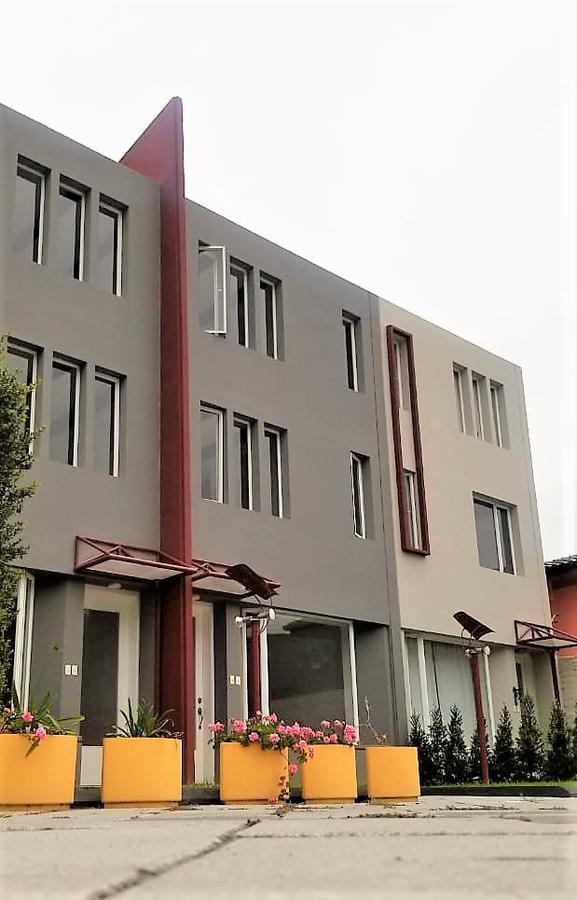 Foto Casa en Venta en  Mitad del Mundo,  Quito          MITAD DEL MUNDO