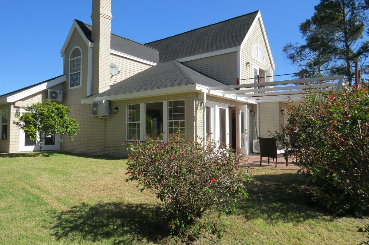 Foto Casa en Alquiler temporario en  La Residence,  Jardines de Cordoba  La Residence