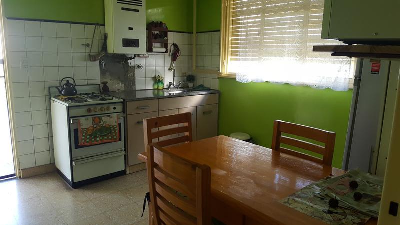 Foto Casa en Venta en  Lomas de Zamora Oeste,  Lomas De Zamora  RAMON FALCON al 1400