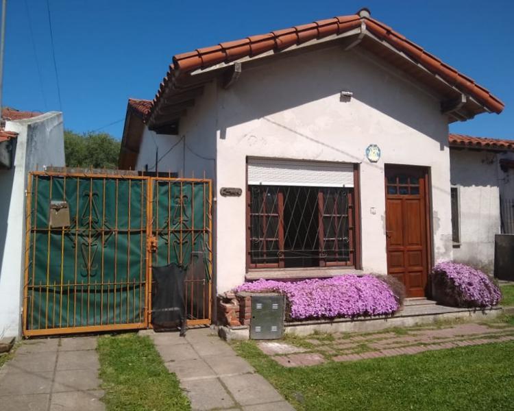 Foto Casa en Alquiler en  Mundialista,  Mar Del Plata  Ciudad de Dolores entre Lebenshon y Puan