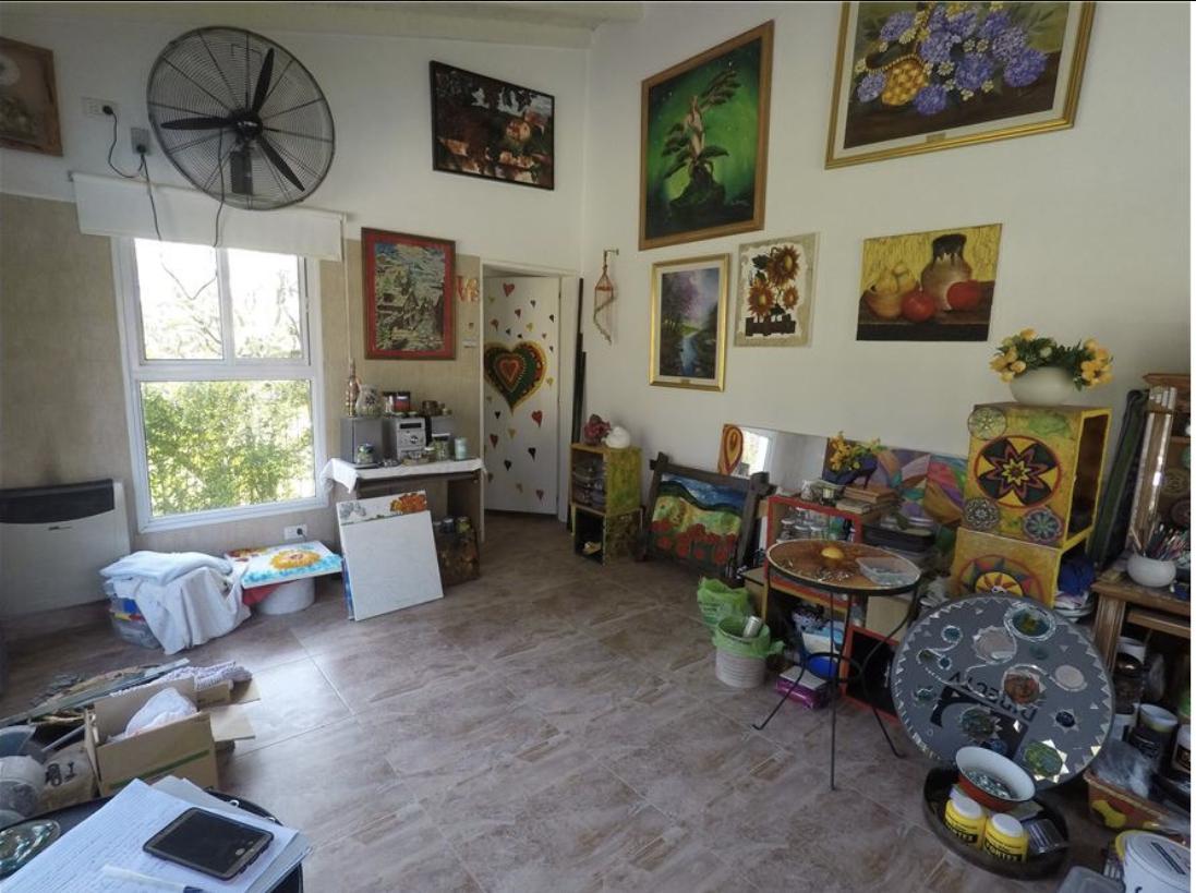 Foto Quinta en Venta en  La Alborada,  Presidente Derqui  Casa en venta en Pilar zona quintas con pileta de 6 ambs.
