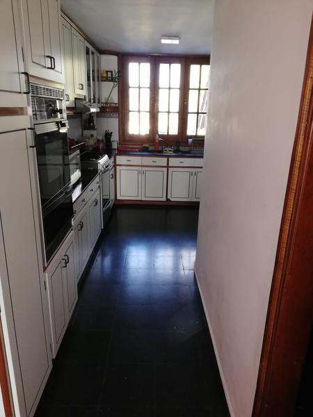 Foto Casa en Venta en  Banfield,  Lomas De Zamora  Rodriguez Peña al 900