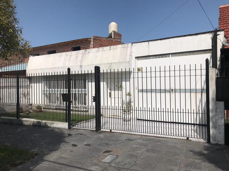 Foto Departamento en Venta en  Lomas de Zamora Oeste,  Lomas De Zamora  Vetere 640