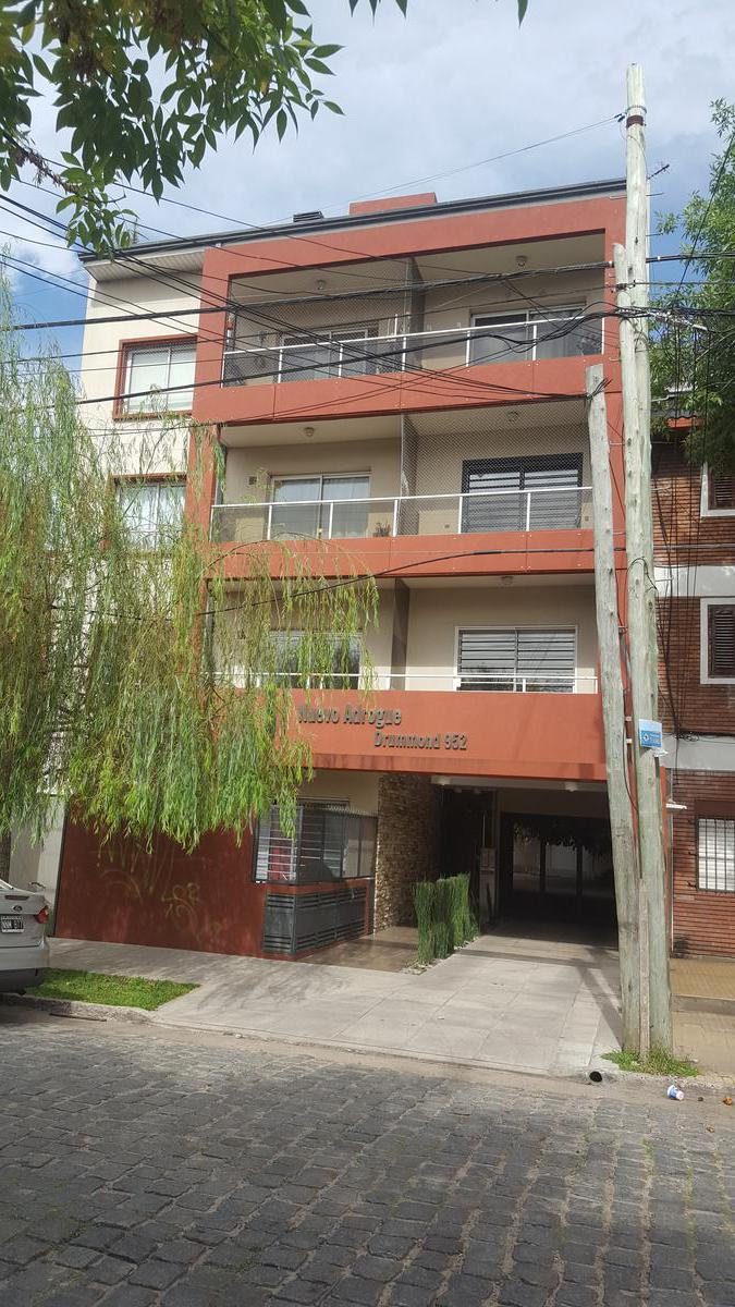 Foto Departamento en Venta en  Adrogue,  Almirante Brown  DRUMOND 952